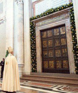 Jubileusz Miłosierdzia 2016 - Papież Franciszek przed Bramą Świętą w bazylice św. Piotra
