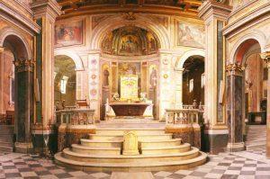 Wyspa Tybrowa - wnętrze bazyliki św. Bartłomieja