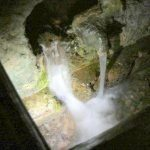Rzym - podziemie bazyliki San Clemente - strumień wody