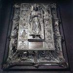 Pomnik grobowy Sykstusa IV - skarbiec bazyliki św. Piotra w Watykanie