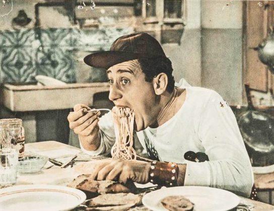 """Kuchnia rzymska... scena z filmu """"Amerykanin w Rzymie""""... Alberto Sordi"""